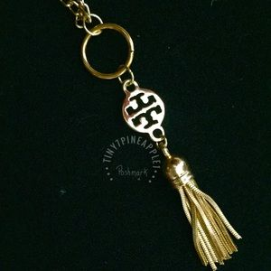 ✅ 🆕 LARGE TORY BURCH LOGO CHARM GOLD NECKLACE